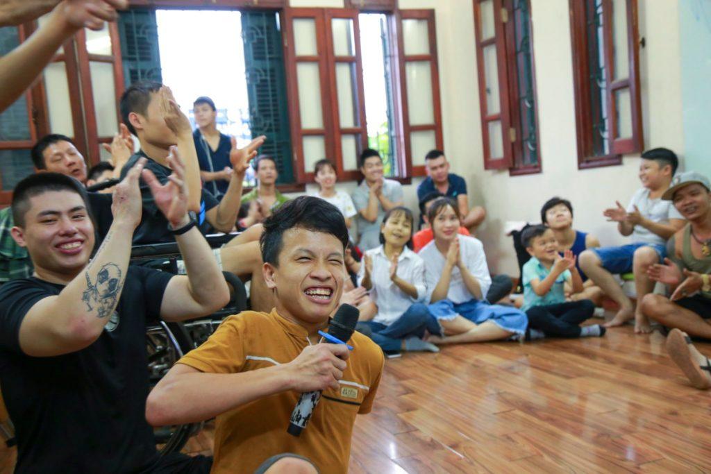 Giới thiệu về nhóm cựu học sinh của trung tâm Nghị Lực Sống